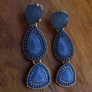 Jewelry - Gorgeous blue drop earrings